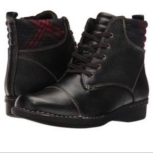 Clarks Whistle Bea Boot